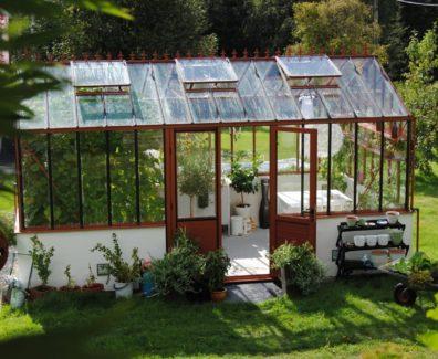 Зимний сад: нюансы строительства и обустройства